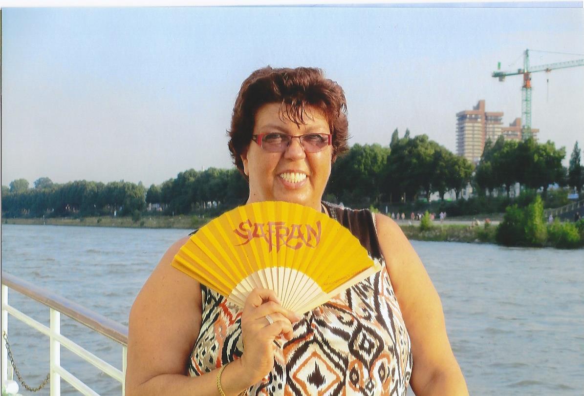 Safran Fächer am Rhein